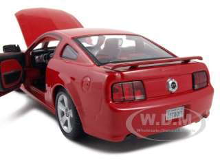 2006 FORD MUSTANG GT RED 124 DIECAST MODEL CAR