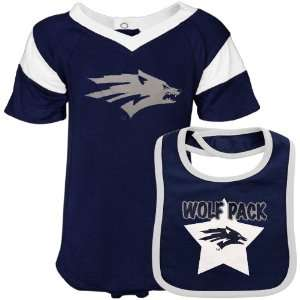 Nevada Wolf Pack Infant Navy Blue Bib & Creeper Set