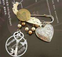 Fashion Jewelry Womens Antique Heart Key Pearl like Pin Brooch