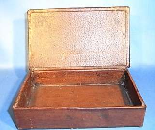 BEAUTIFUL WOOD CARVED FOLK ART BOX ANTIQUE GERMAN CH14