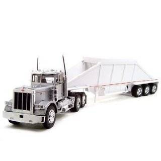 Peterbilt 379 Grain Trailer Truck 132 Diecast Model
